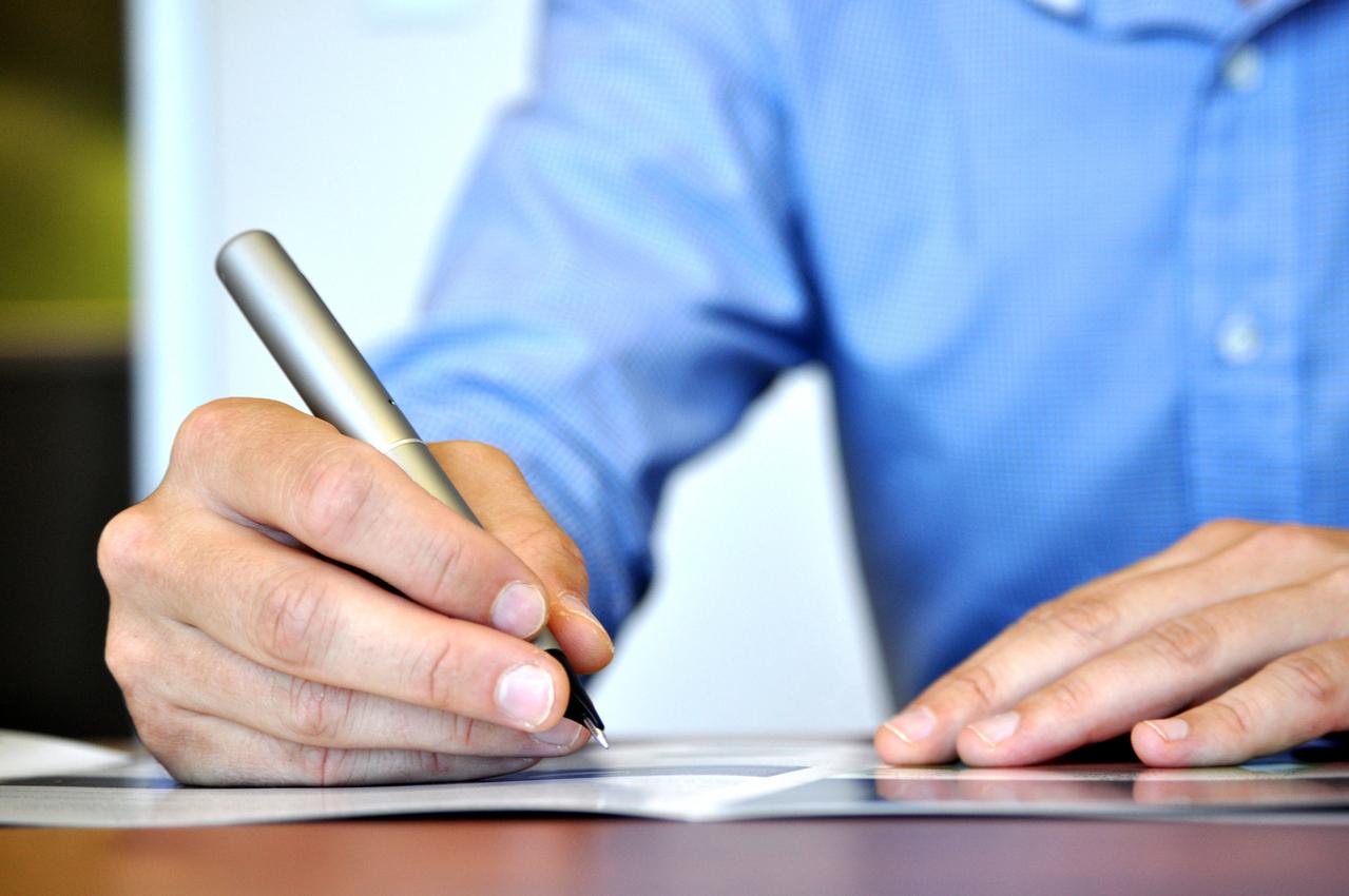 Allianz w porównywarce ubezpieczeń mfind.pl. W kalkulatorze kupimy online polisy OC i AC znanego ubezpieczyciela