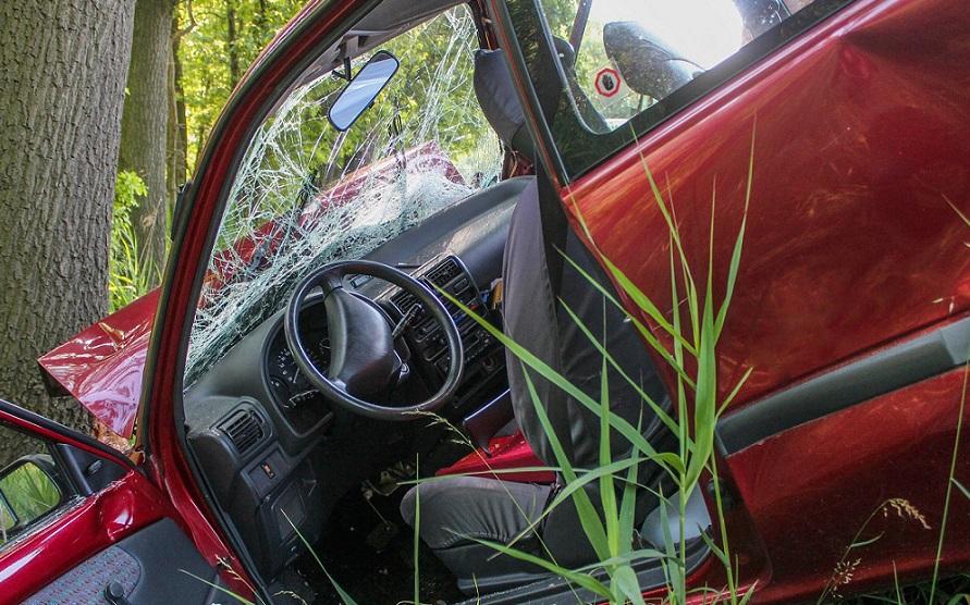 Przestępstwa ubezpieczeniowe – jak kierowcy wyłudzają odszkodowania?