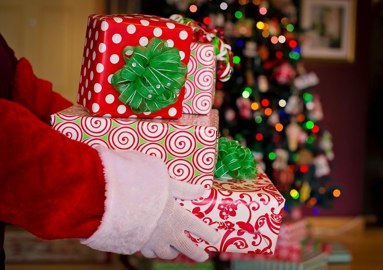 6 sposobów na oszczędne święta: Jak się nie zrujnować na Boże Narodzenie?